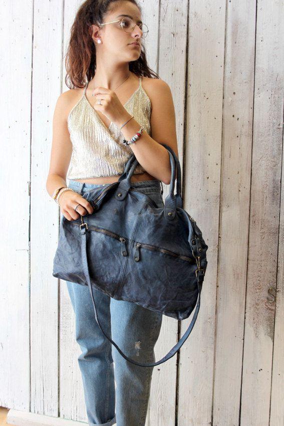 """Handmade Italian Blue Leather Messenger Bag """"shopper multi tasc"""" di…"""