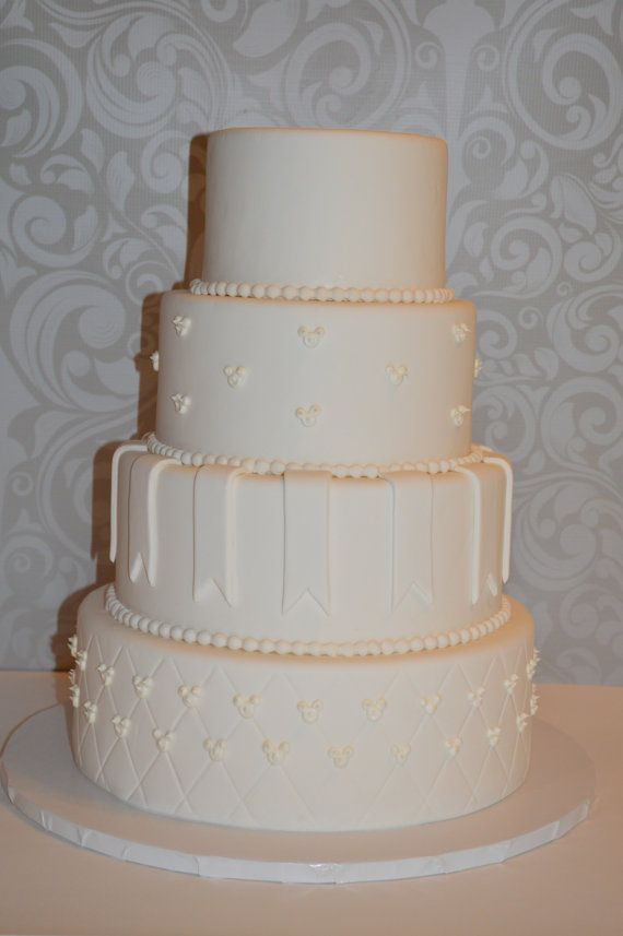 artificial wedding cake 25 best ideas about wedding cakes on 10845