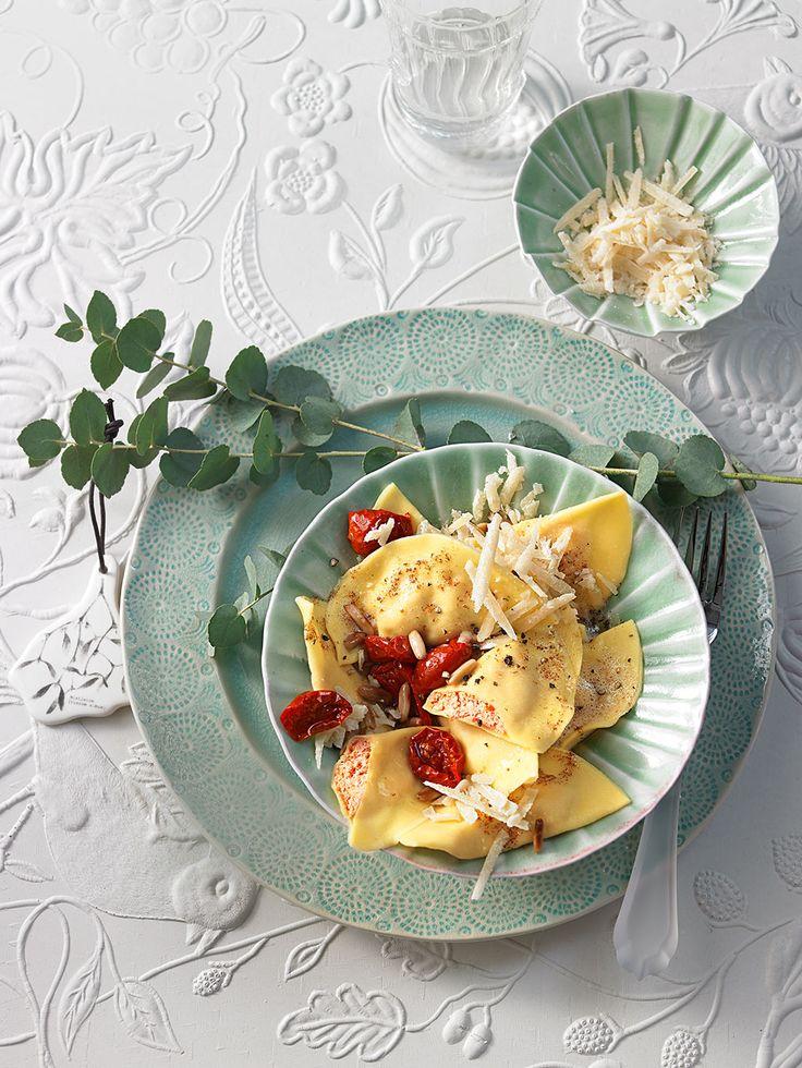 Ravioli gefüllt mit Ricotta und Ziegenfrischkäse