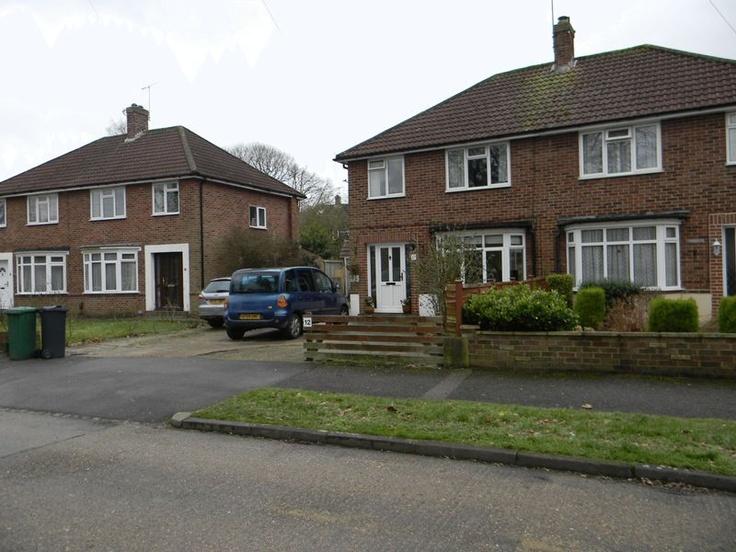 Price Range £310,000 - £330,000   3 Bedroom Semi Detached House - Reeve Road, Reigate, Surrey, RH2 7PH Estate Agents