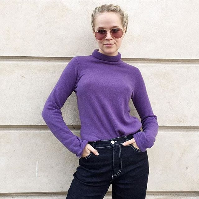 Lovely @mariejedig in purple 🔮and STORM&MARIE jeans #stormandmarie #asterjeans #jeansonsale #purplecoolness #stormandmariexmariejedig #womenwelove