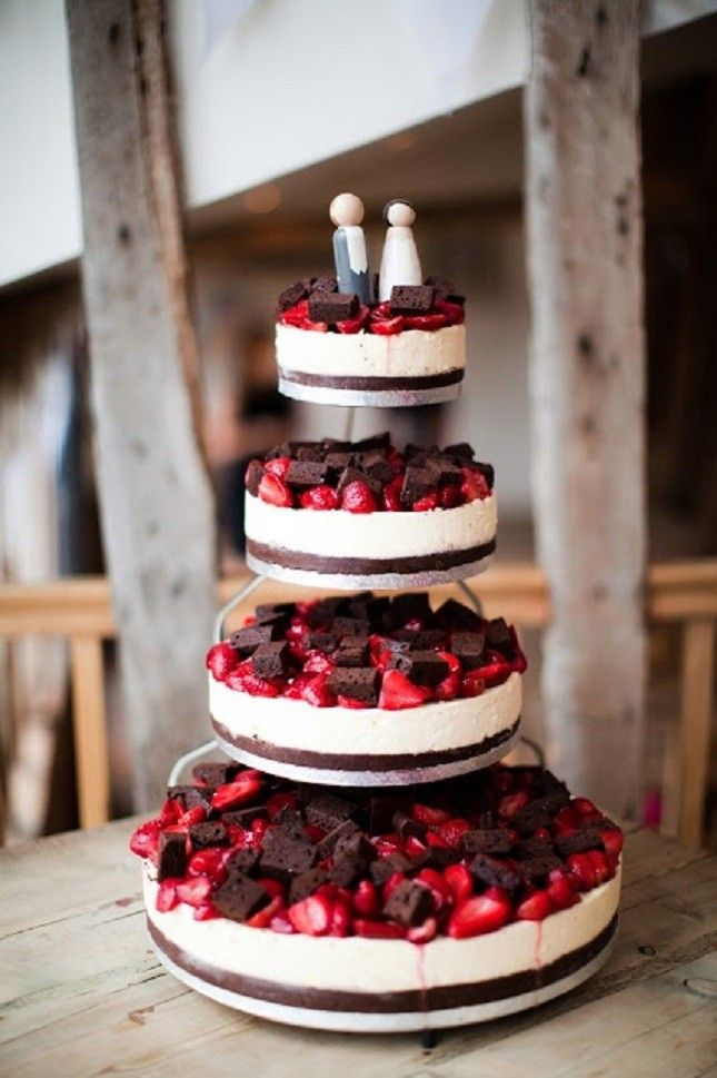 Cheesecake Wedding Cake: 13 Alternative Wedding Cake Ideas via Brit + Co