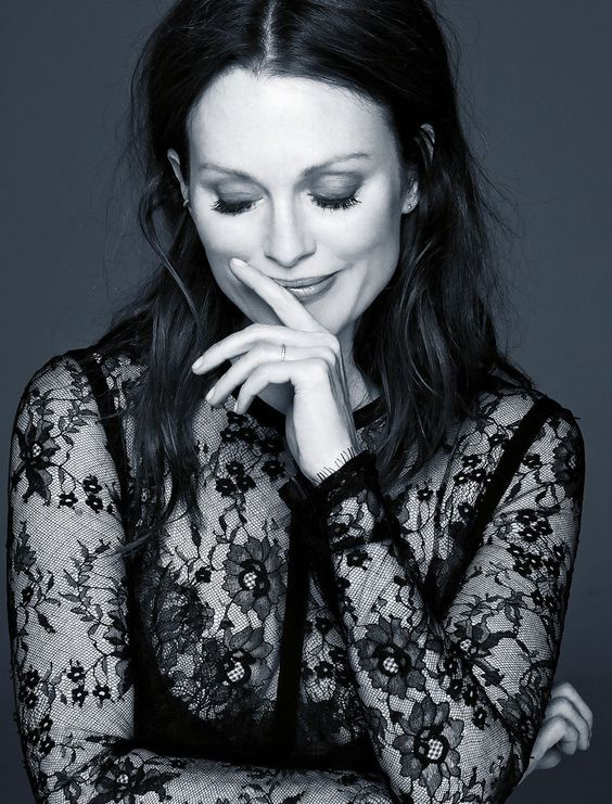 """❂ """"The older I get, the more I want to be authentically myself."""" Julianne Moore"""