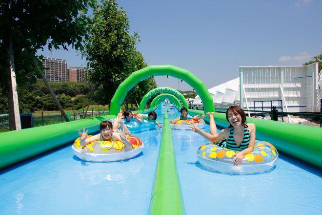 大阪城公園にウォーターパーク 日本初の「ジャンピングスライダー」も登場