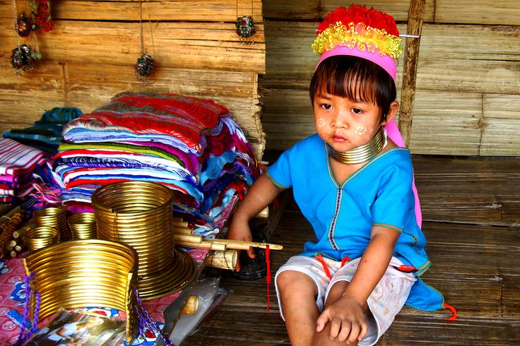 The minority kid of #LongNeckVillage in #NorthernThailand. They were taken copper ring around the neck when 5years old. This is considered a symbol of beauty. #Odyssey #Tour #Village #Minority #Kid #Copper #Ring #Traditional #Beautiful