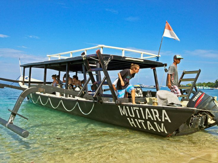 Our main boat: Mutiara Hitam