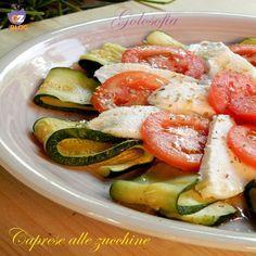 Caprese alle zucchine, una variante leggera e gustosa, della classica insalata caprese! un ottimo piatto per l'estate..;)