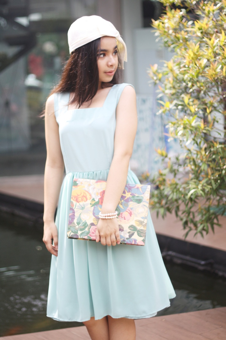 Nyi Iteung's lookbook for The 24th collection, Turquoise Goddess Dress, March 2012.