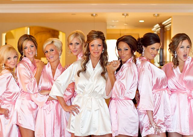 Pink robes as a bridesmaids gift for the morning you're getting ready.