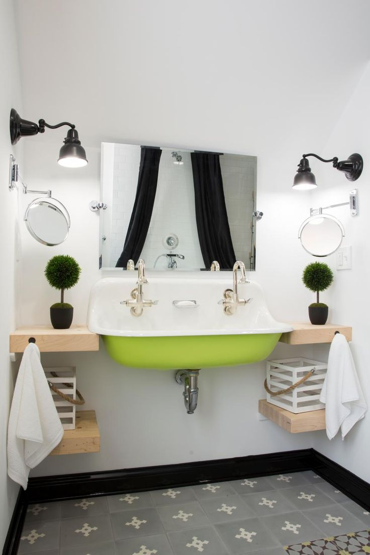 Photos of Stunning Bathroom Sinks, Countertops and Backsplashes