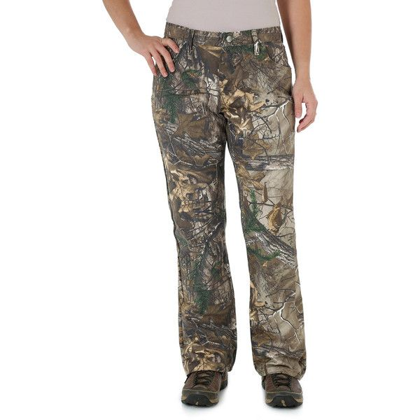 Wrangler Women's Jeans ProGear Camo Jean (255 DKK) ❤ liked on Polyvore featuring jeans, realtree ap xtra, women, wrangler jeans, camouflage jeans, camo print jeans, camo jeans and brown jeans