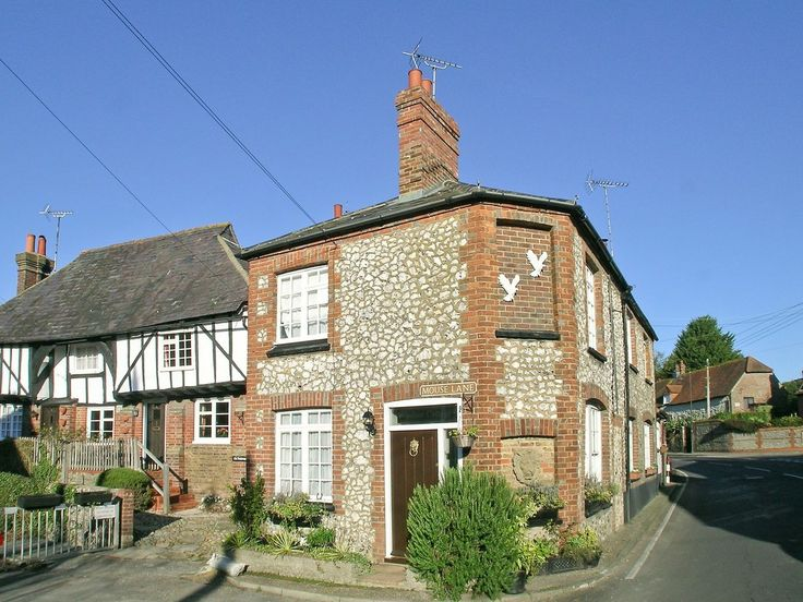 Windsor Cottage (ref             PEEQ) in                 Steyning |                     English-Country-Cottages