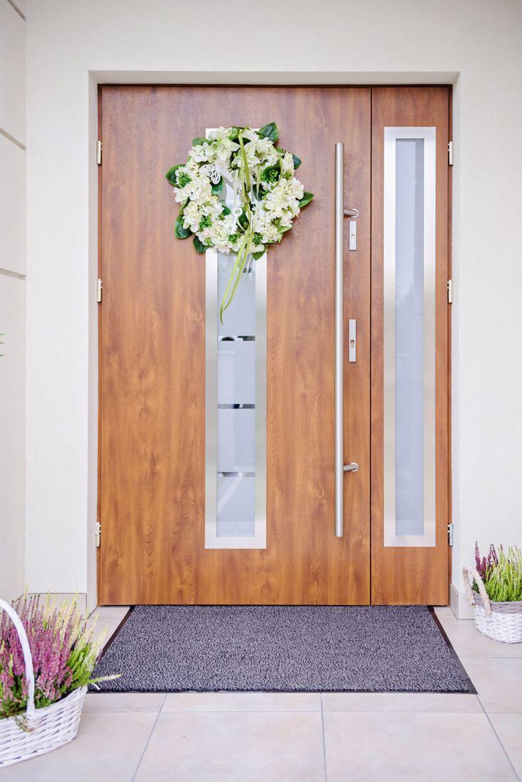 Drzwi zewnętrzne Wikęd z doświetlem bocznym - sprzedaż i montaż PSR Drzwi i Podłogi