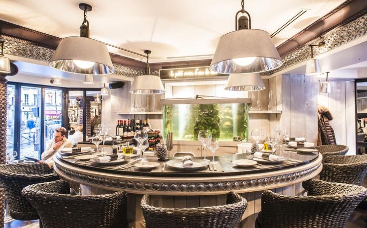 Le fantastique bar du Bar à Huitres Saint Germain!!