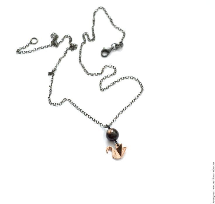 Купить Кулон на цепочке из серебра Черный звездчатый сапфир - серебряные украшения, редкий камень серебро