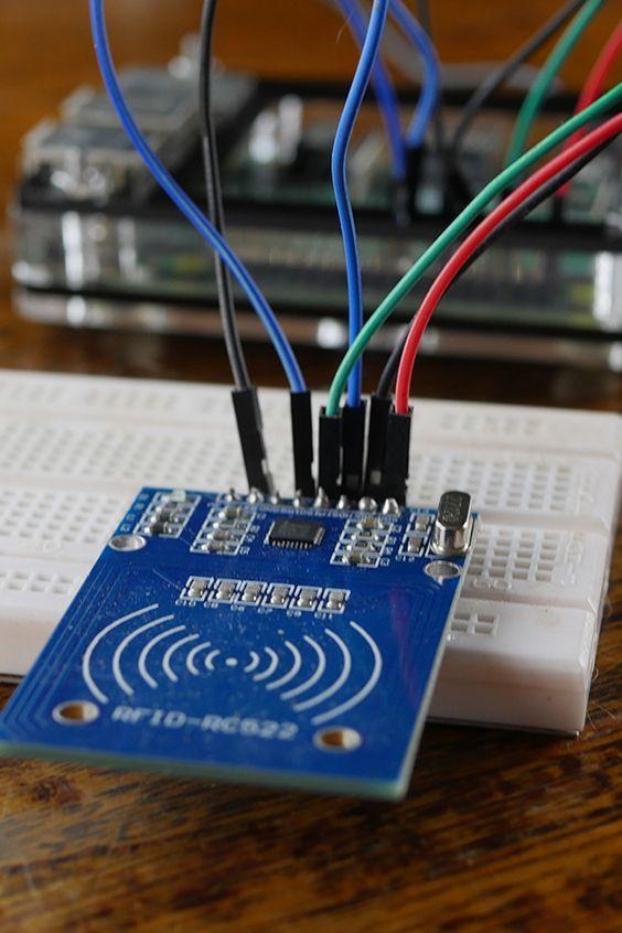 How to setup a Raspberry Pi RFID RC522 Chip | Electronics