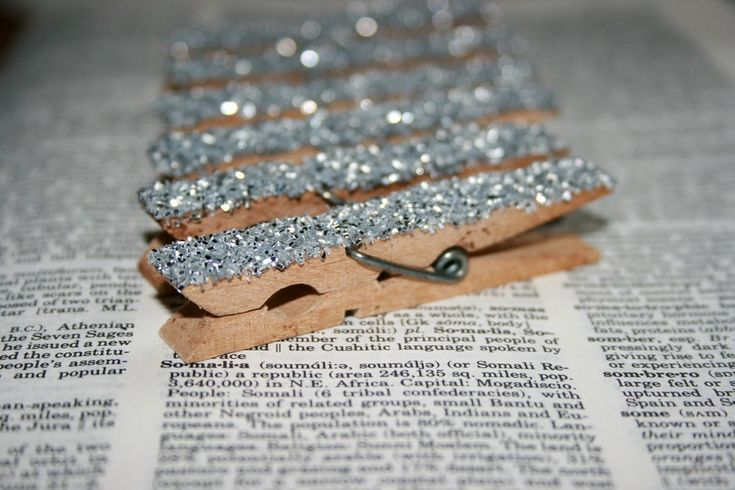 Shabby Chic Wood Clothes Pin Set - Silver German Cut Glitter - Photo and Memorabilia Display - Set of 12- Wedding Decoration Party Decor. $12.00, via Etsy.      We could make.