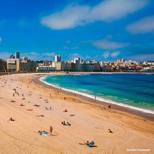 A Coruña has more than two kilometres of beaches in the city. Riazor, Orzán, Matadero, San Amaro, As Lapas and Oza beaches are all a stone throws away. http://goo.gl/dK5dc6