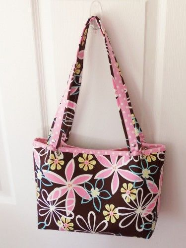 C2 Boxy Bag - FREE Sewing Tutorial from Hypernoodle + Fabrics 101 with Liesl Gibson | PatternPile.com