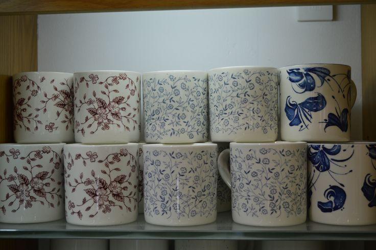 English mugs vintage style 20 - years old