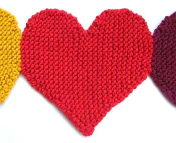 knitted hearts banner tutorial