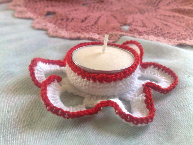 "Danke für die freundlichen Worte! ★★★★★ ""So cute! I'm using this with an electric tea candle and it's perfect. "" Lori http://etsy.me/2AIoogR #etsy #haushaltswaren #innendekoration #weiss #rot #jubilaum #thanksgiving #eingang #teelichthalter #kerzenhalter"