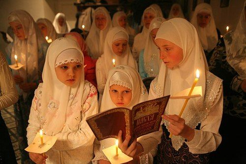 Russian Orthodox Christian girls wearing traditional headcoverings