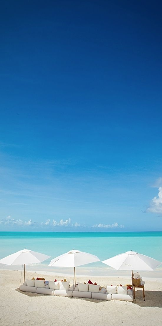 Parrot Cay Resort, Turks and Caicos: Blue sky, turquoise water, white | http://paradiselifestyles.blogspot.com