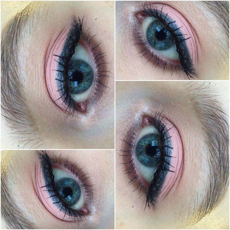 76 отметок «Нравится», 2 комментариев — Катя_Норицына (@kate_noritsyna) в Instagram: «#makeup #mua #makeupatist #макияж #визажист #катя_норицына»