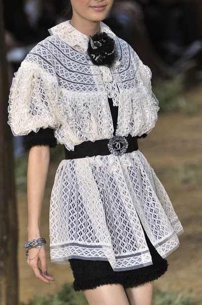 Chanel Spring 2010 Details