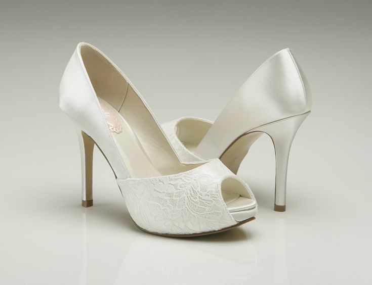 ivory wedding shoes pink paradox fancy ivory wedding shoes