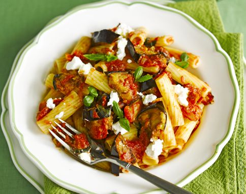 Pasta with aubergine & tomato sauce - delicious! Used Feta cheese instead of Ricotta though.