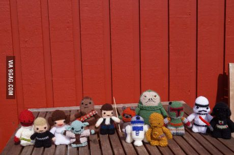 My mother likes to crochet and those little guys are her latest masterpieces, what do you guys think of them?