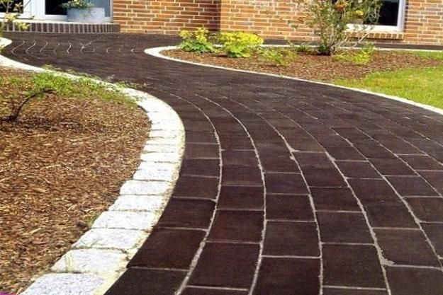 Garden paths and walkways add interest to landscaping ideas and invite people to explore the surroundings