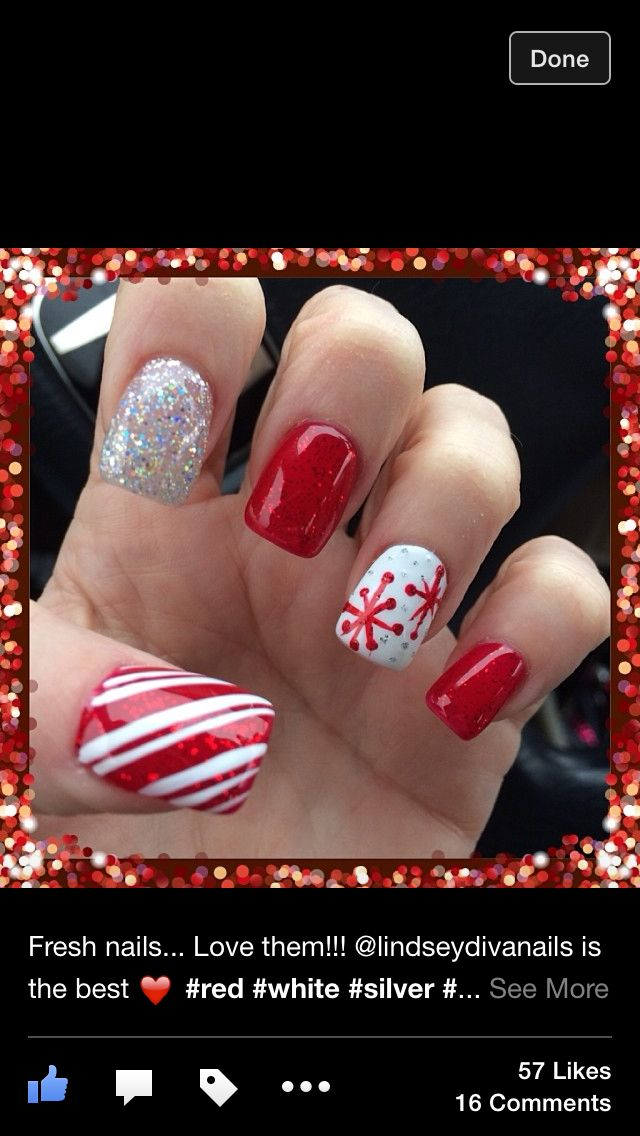 Christmas gel nails.