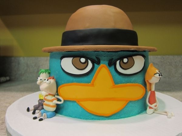 perry the platypus birthday cake from phineas and ferb