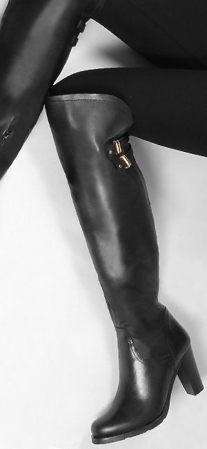 Winter Love: over the knee boots! @giannakazakou