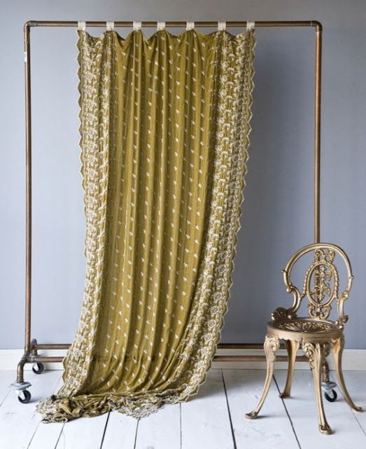 Booth Crush: Portable Walls for Antique & Craft Shows