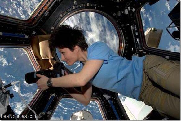 Los viajes al espacio producen efectos misteriosos e inexplicables en la piel humana - http://www.leanoticias.com/2015/07/22/los-viajes-al-espacio-producen-efectos-misteriosos-e-inexplicables-en-la-piel-humana/