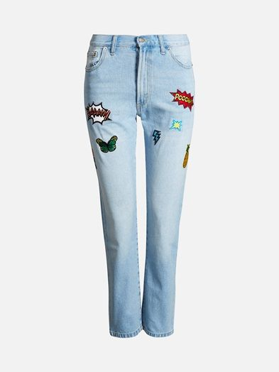 High waist girfriend jeans with onsewn awesome patches. Straight legs.    Blå