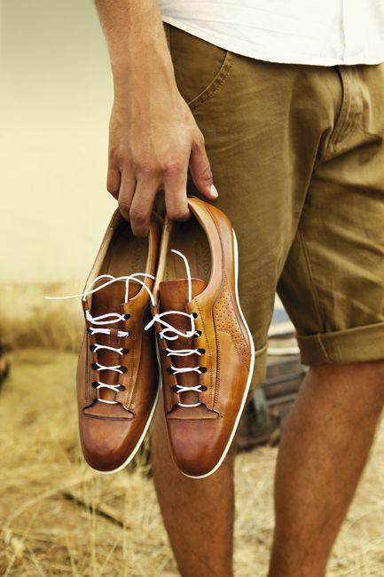 Africa Carlos Santos shoes photo by Óscar Almeida