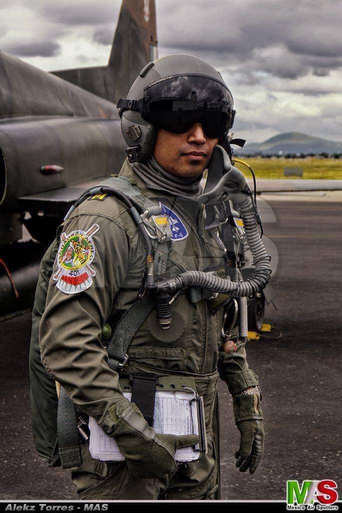 Mexican Pilot F-5 Tiger ll