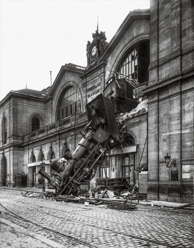 Runaway train at Montparnasse Station, Paris 1895 Haha