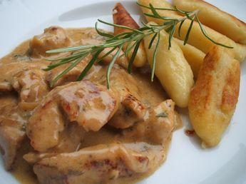 Das perfekte Geflügel: Hähnchengeschnetzeltes in Gorgonzola-Rahm mit Schupfnudeln-Rezept mit einfacher Schritt-für-Schritt-Anleitung: Die Zwiebeln…