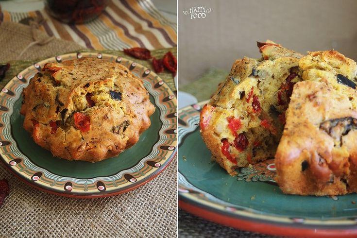 Закусочный кекс с баклажанами,томатами и чесноком