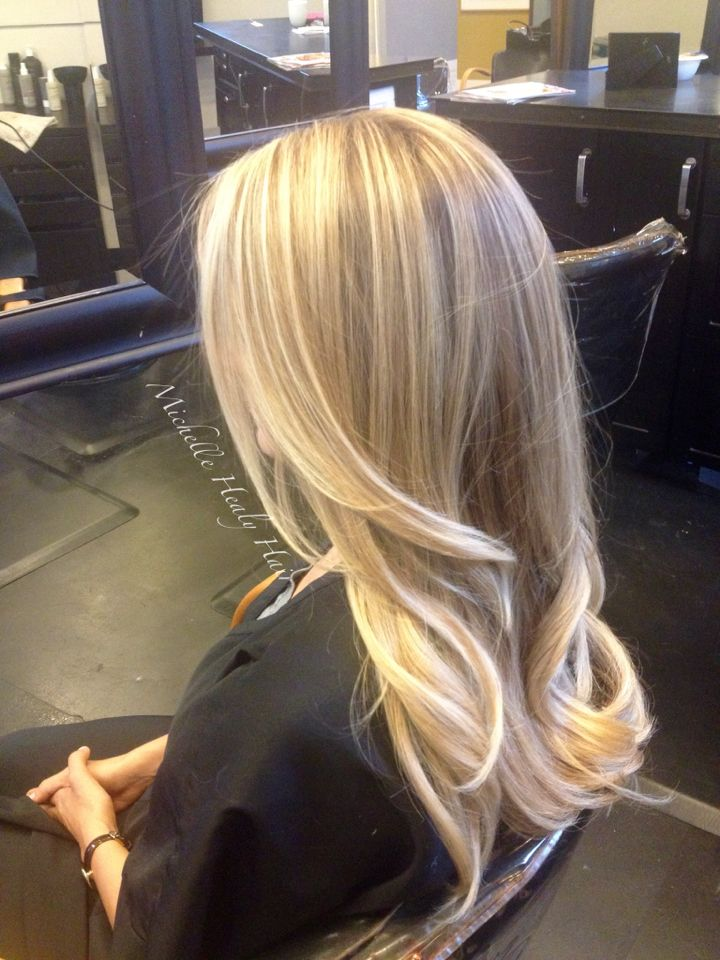 California blonde! Balayage highlights, a clear shine gloss and a round brush blowout completed this look. Done by Seattle stylist Michelle Healy at Cristy Carner Salon