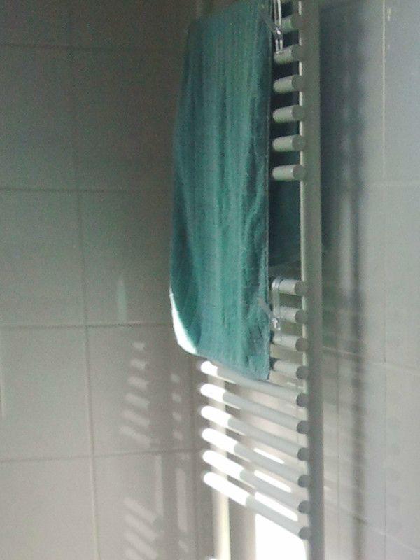 Bathroom Detail: heated towel rack -  in winter unaffordable .... | http://ferienwohnung-neiling-niederrhein.de/en/