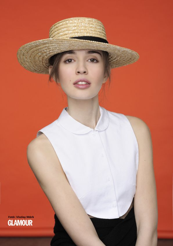 Fel a (nyári) kalappal! You can leave your hat on! In this season it's supertrendy.