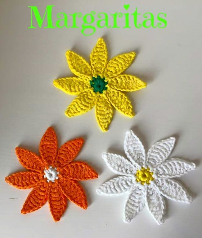 Margaritas a crochet ~ **Free Crochet Video Tutorial ~ It's in Spanish, but looks easy to do just by watching what she does**