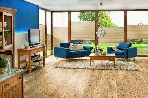 Homeplaza - Parkettboden in Rohholz-Optik passt sich allen Wohntrends an - Perfekter Partner